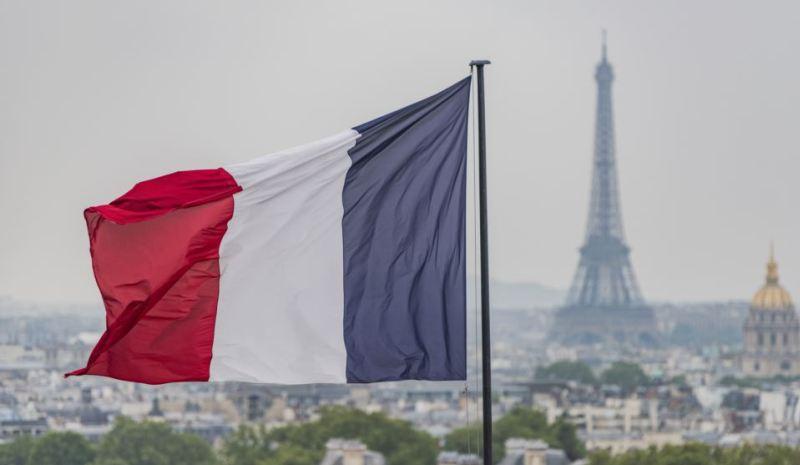 موفد فرنسي كبير بعد هيل؟