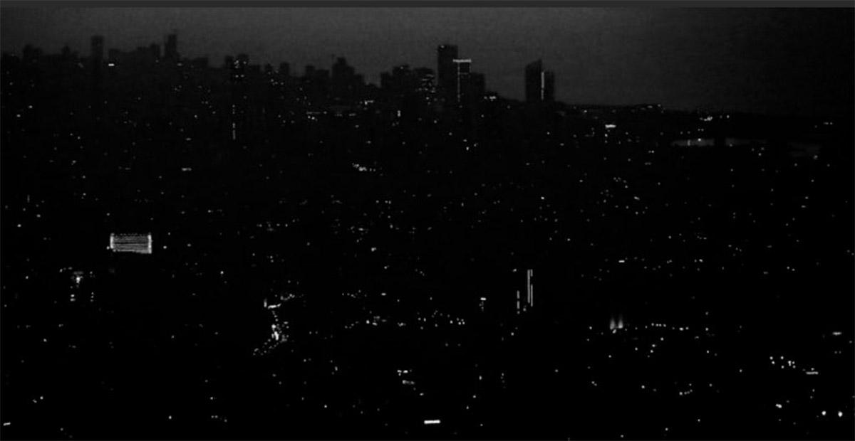 بيروت تغرق بالعتمة