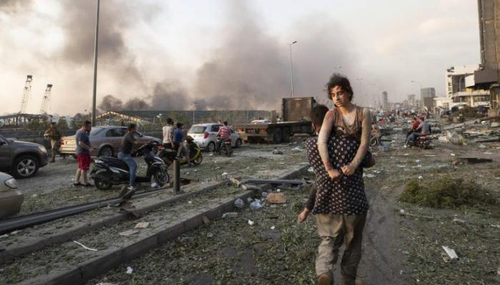 مشهد من إنفجار مرفأ بيروت (4 آب 2020)